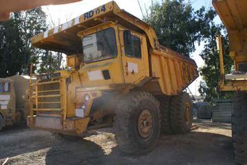 Rigid dump truck