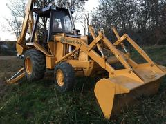 Backhoe loader Case