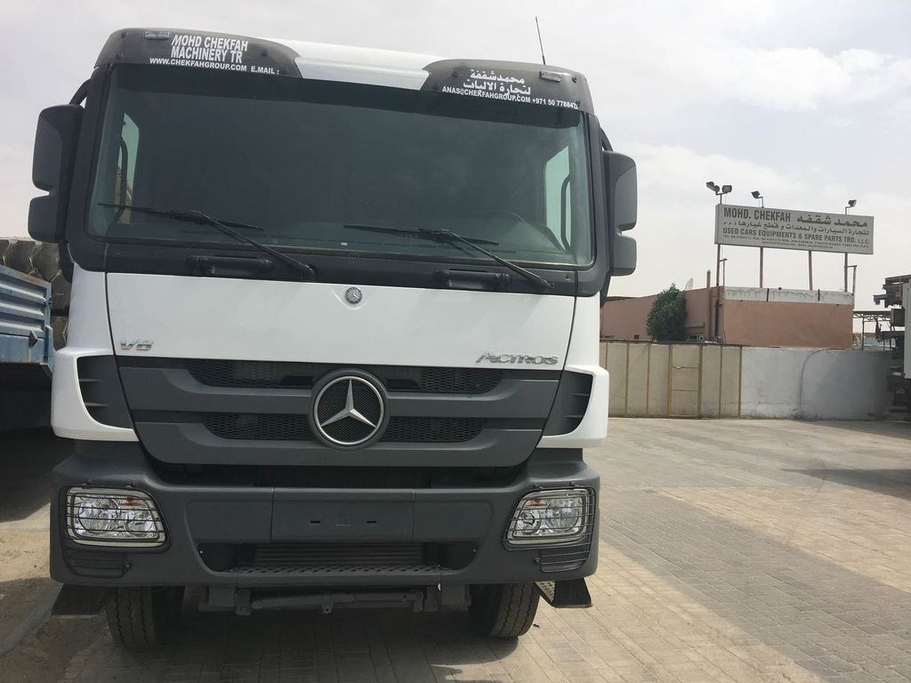 Tractor Unit Mercedes-benz